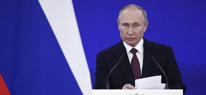 Hogy lehet Putyin arca ennyire kisimult?