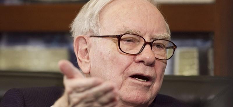 Warren Buffet feleslegesen aggódott, hogy nem tudja mibe fektetni a pénzét – pár nap alatt majdnem 4 milliárd dollárt vesztett