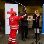 50 millió forintnyi élelmiszert adakoznak Mészáros Lőrincék