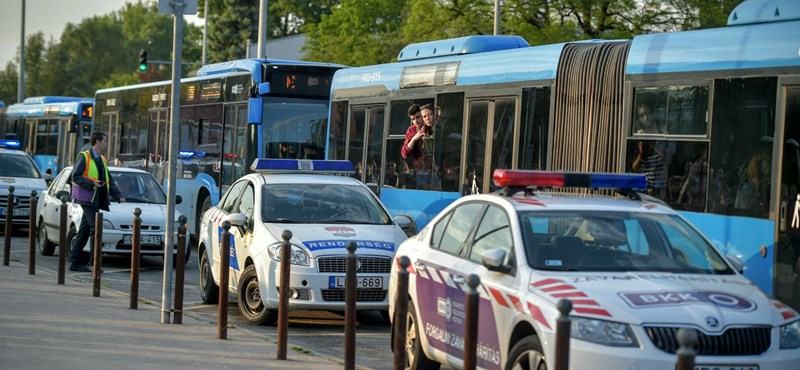 Szélhámos bombafenyegetőt kerestek a rendőrök, ezért volt óriásdugó Aquincumnál