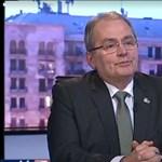 Annyit migránsozott a Hír Tv-ben a munkáspárti Thürmer Gyula, hogy már a riporter is visszakérdezett
