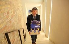 A NAIH elnöke szerint Hadházyék online aláírásgyűjtése problémás