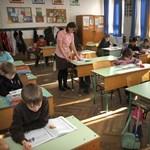 Több ezer tanár állása kerülhet veszélybe a magániskolák egyesülete szerint