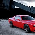 600 lóerővel hozza a kötelezőt a Dodge Challenger csúcsváltozata