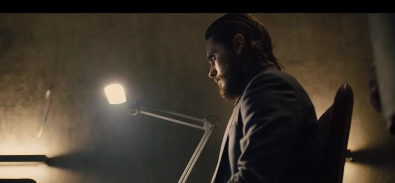 Feszült kisfilm vezeti fel Jared Letóval a Szárnyas fejvadász 2049-et