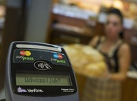 Még soha nem zuhant akkorát egy hónap alatt a GKI fogyasztói bizalmi indexe, mint áprilisban