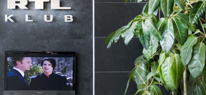 Belenyúlt az RTL Klub vezetőinek zsebébe a Századvég lapja
