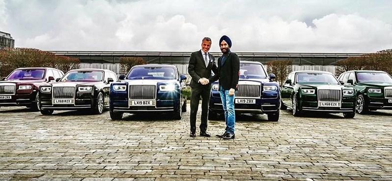 Hat Rolls-Royce-ot vett ez a milliárdos, mert hatféle színű turbánja van