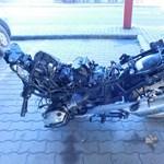Fotók: darabjaira kapták a lopott motort a tolvajok, de így is lebuktak