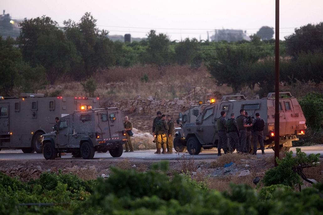 afp.14.06.30. - Halhul, Nyugat-Hebron: megtalálták a három eltűnt fiatalt, meghaltak - zsidó