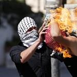 Fotó: Magát gyújtotta fel a Molotov-koktélt dobáló palesztin