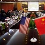 S&P-leminősítés: Kína támadja Washingtont