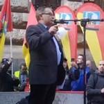 Tüntettek a cafetériáért a szakszervezetek