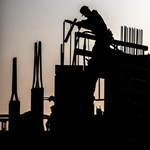 A rendőrség után a GVH is rászállt a sok vevő által bepanaszolt építőipari cégre
