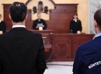 Újabb alkotmányjogi panaszt nyújtott be a lúgos orvos