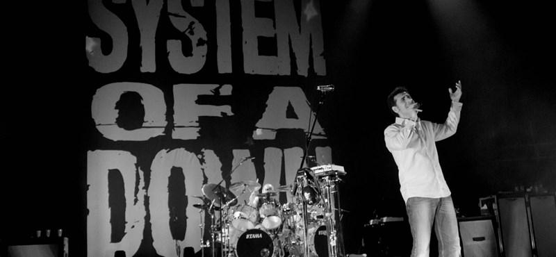 Új számokat írhat a kétezres évek egyik legjobb rockzenekara