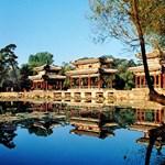Szerény, 110 ezer négyzetméteres kastély Kínából