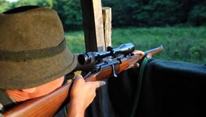 Nyúlra lőtt, de két embert talált el egy idős olasz vadász Battonyán