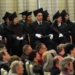 Hiller: újabb érvek szólnak a tandíjmentesség vizsgálata mellett