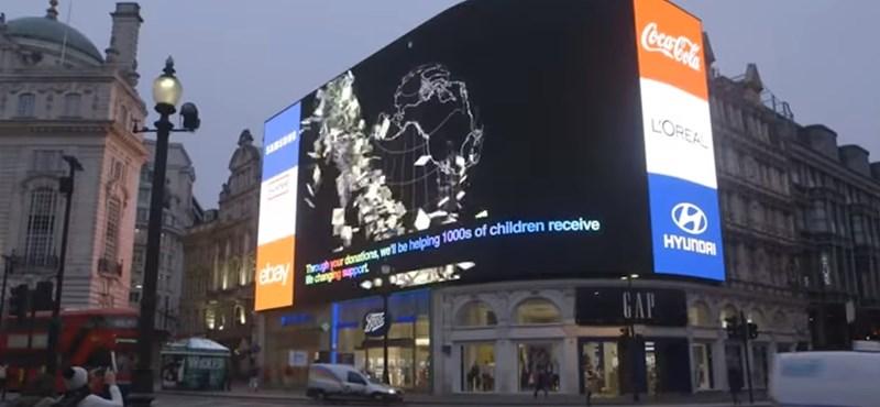 Ez már tényleg a jövő: rejtett kamerák, célzott hirdetések a Piccadillyn