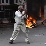 Erőszakért ítélték el a gurut, hívei összecsaptak a rendőrökkel