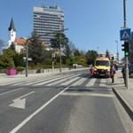 Gyalogátkelőn sodort el egy autó egy kislányt