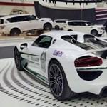 Ezért nem éri meg Dubajban bűnözni: íme 10 a rendőrség szuperautói közül