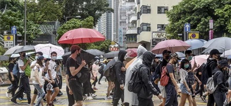 Eltűnik az App Store-ból a hongkongi rendőrök mozgását figyelő alkalmazás