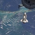 Hazaindult utolsó útjáról az Atlantis