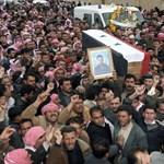 Bölcsészek tüntettek Aleppóban, négy diákot letartóztattak
