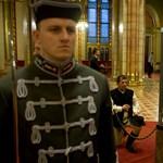 Vissza a Horthy-korszakba: háznagy lesz az Országház felügyelője