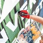 Falfestménnyel tisztítják a városi levegőt Varsóban