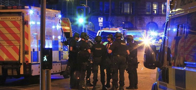 A manchesteri terrortámadás hősének hitték, pedig csak az áldozatoktól lopott