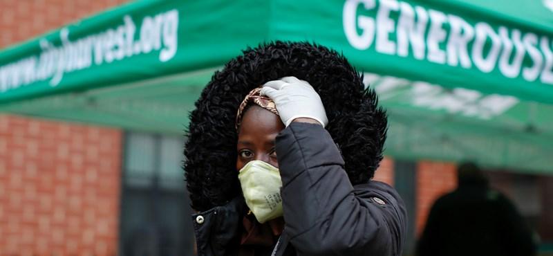 Közel 200 ezer új fertőzöttet találtak az USA-ban egy nap alatt