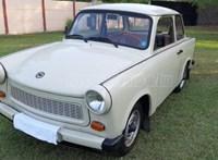 Szinte bejáratósan új ez az eladó hazai Trabant