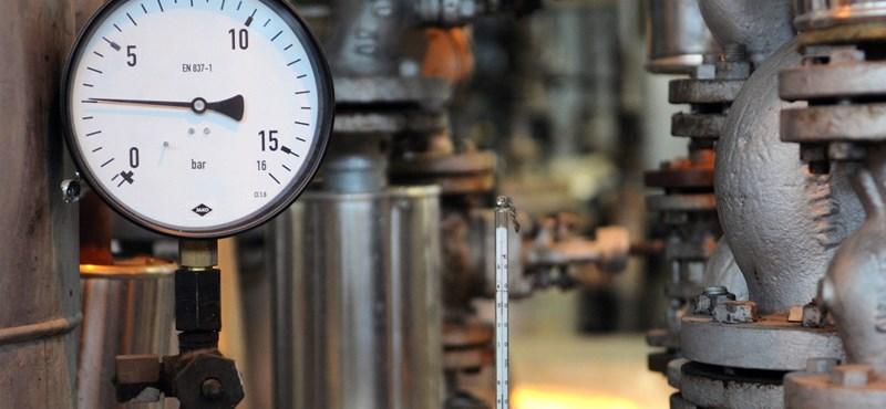 Hárommilliárd forintból folytatódik a társasházak távfűtés-korszerűsítési programja