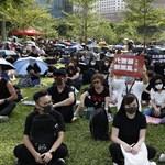 Több ezer diák tüntetett ma is Hongkongban - hónapok óta tartanak a megmozdulások