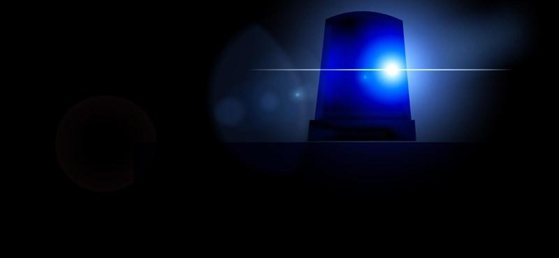Munkagéppel ütközött és meghalt egy motoros a 3-as főúton