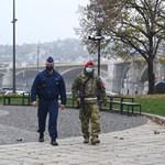 Már nincs kijárási tilalom, de még mindig katonák járőröznek az utcákon