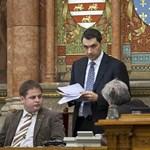 Saját frakciója herélné ki Lázár javaslatát a képviselők fizetéséről