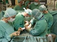 Kifütyülték az egészségügyért felelős államtitkárt az orvosok