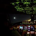 Ezt látják a pilóták, amikor éjjel szállnak le Los Angelesben – videó