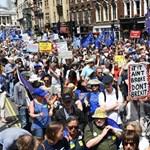 Tízezrek tüntettek Londonban az újabb népszavazásért