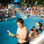 A hőség elől strandra menekülnek a budapestiek – Nagyítás-fotógaléria