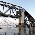 Nagy földrengés volt Mianmarban, összedőlt egy épülő híd