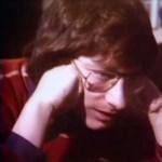 A nap videója: Steven Spielberg tévén követi az Oscar-jelöléseket 1976-ban