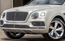 Ultraluxus Bentley divatterepjáró cowboyoknak
