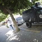 Fegyveresek törtek be a líbiai nemzeti olajvállalat székhelyére – fotók