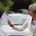 Választási sokk után is Theresa May marad a brit miniszterelnök - ÉLŐ