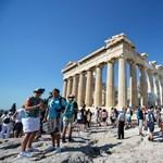Olyan hőhullám van Athénban, hogy be kellett zárni az Akropoliszt